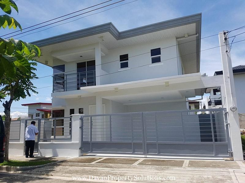 SPACIOUS HOUSE AND LOT FOR SALE IN DAVAO CITY DOWNTOWN   TULIP DRIVE DAVAO CITY