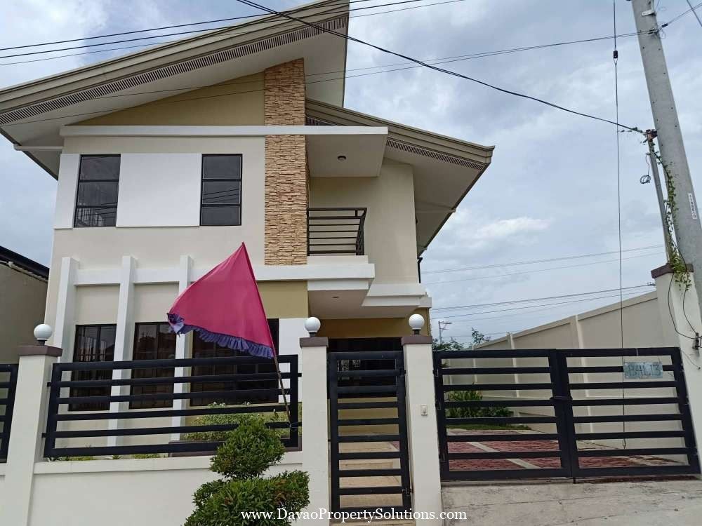 Ilumina Estates Phase2 Davao 2-Storey Model House 172
