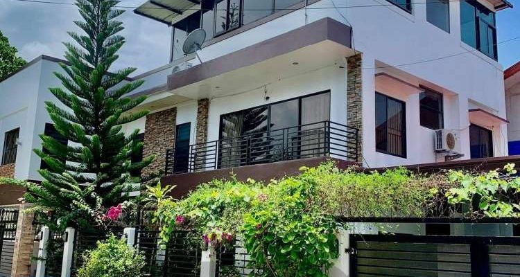 5 Bedroom House for Sale in Ma-a Davao City, Open for Financing in Davao City