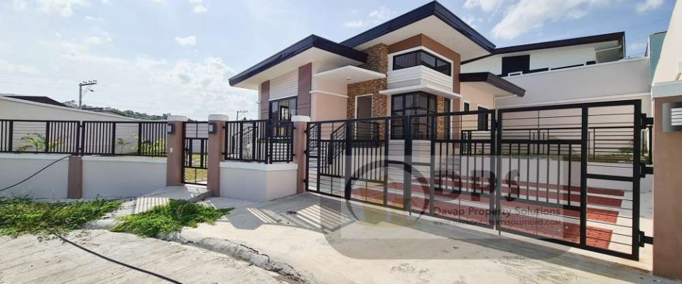 Ready To Occupy Spacious Corner Lot House in Ilumina Estates Communal Buhangin Davao City in Davao City